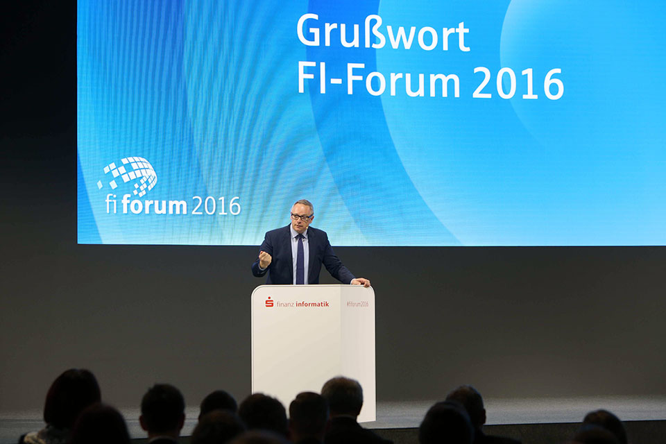 FI Forum 2016 Georg Fahrenschon