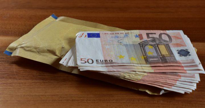 Bündel50-Euro Scheine